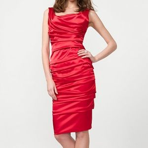 Le Chateau | Beautiful Satiny red ruched dress